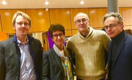 Notre équipe de choc, Mathieu, Denis et Renaud entourant notre gouverneur, N. Darmency